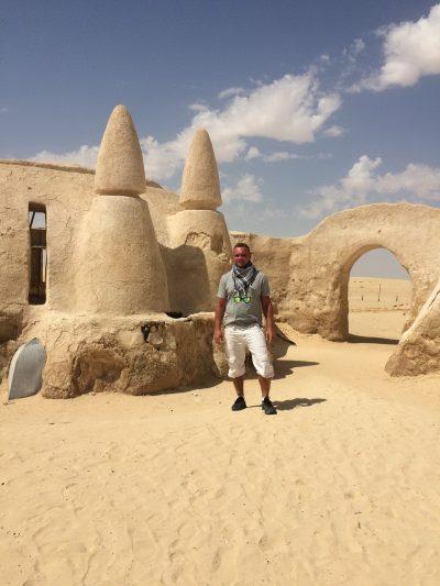 Antov v Tunise
