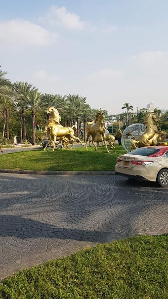 Машина в ОАЭ